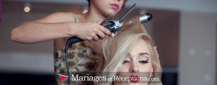 Coiffure de mariage : avoir recours à un freelance qui se déplacera le jour de votre mariage peut être une bonne solution