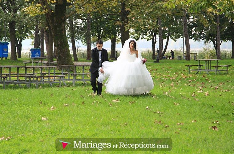 Partagez vos photos et vos vidéos en toute sécurité : toutes les étapes de votre mariage dans un seul et même endroit